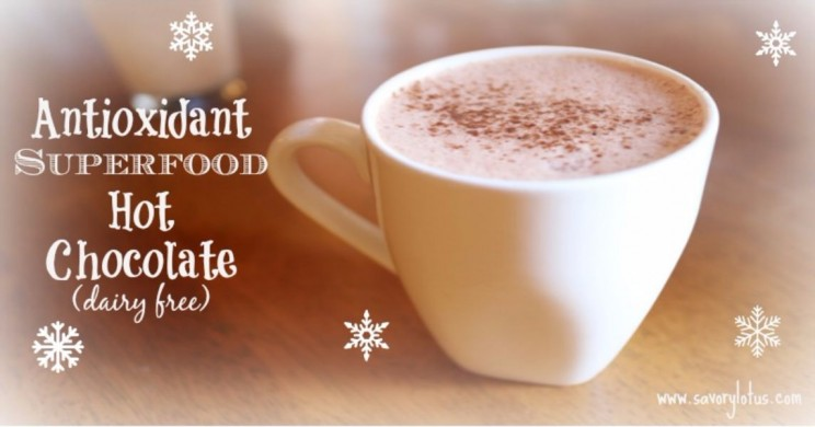Antioxidant-Superfood-Hot-Chocolate-e1457414108350