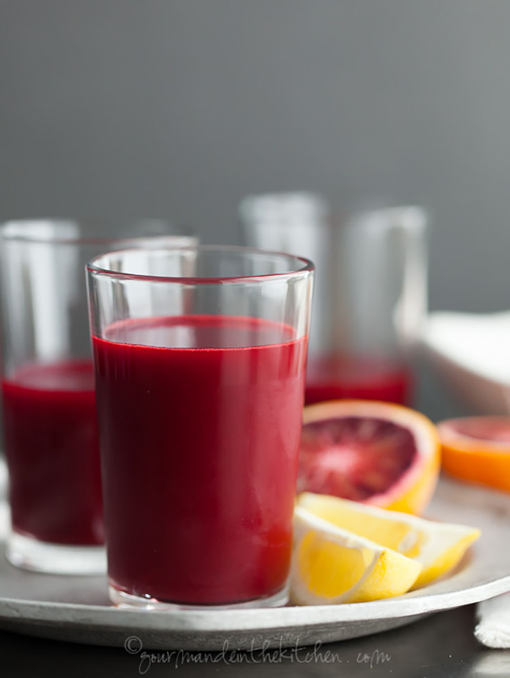 Carrot-Beet-Blood-Orange-Ginger-Turmeric-Juice-gourmandeinthekitchen.com_