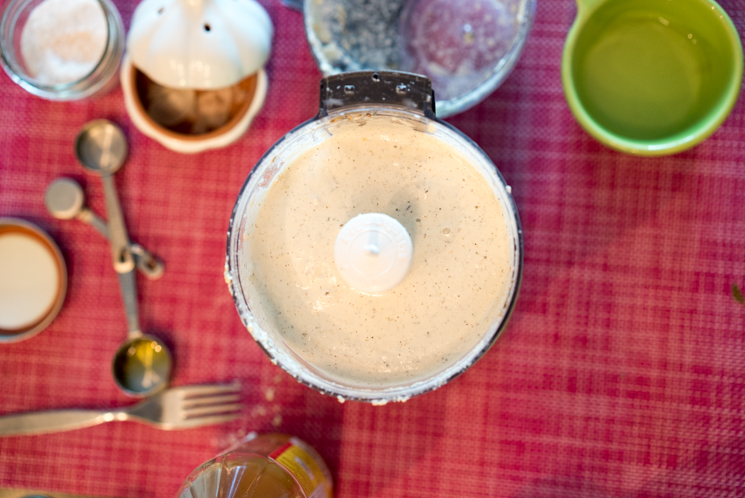 Creamy-Salad-Dressing-8