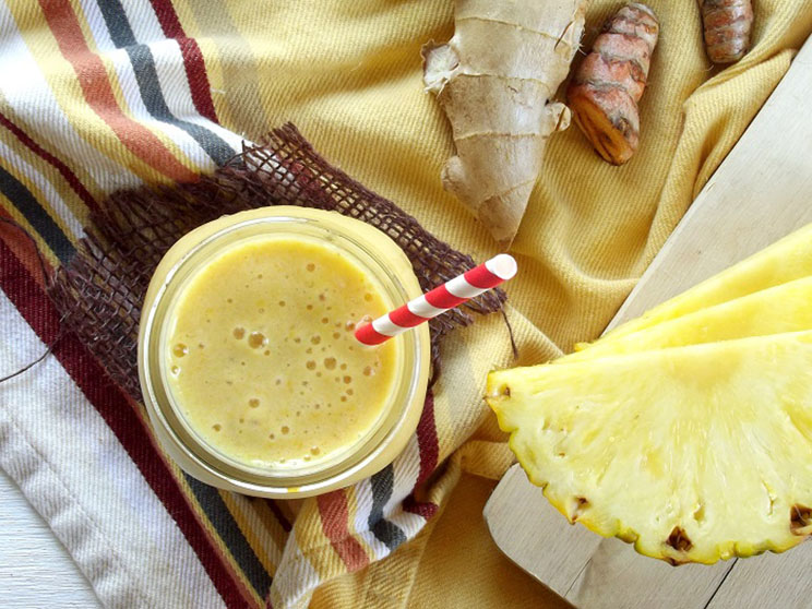turmeric-ginger-coloda-smoothie