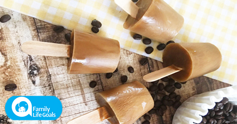 These creamy, coffee-flavored ice cream pops are delicious, refreshing and sugar-free