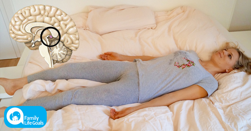 Can't Sleep? This is Why Lying in Your Bed With Your Eyes Closed is a Huge Mistake