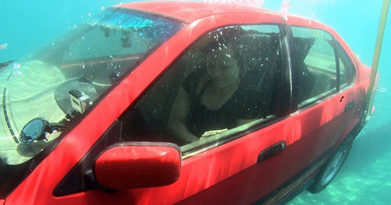 How to Escape from a Sinking Car: Following These Steps Could Save Your Life!