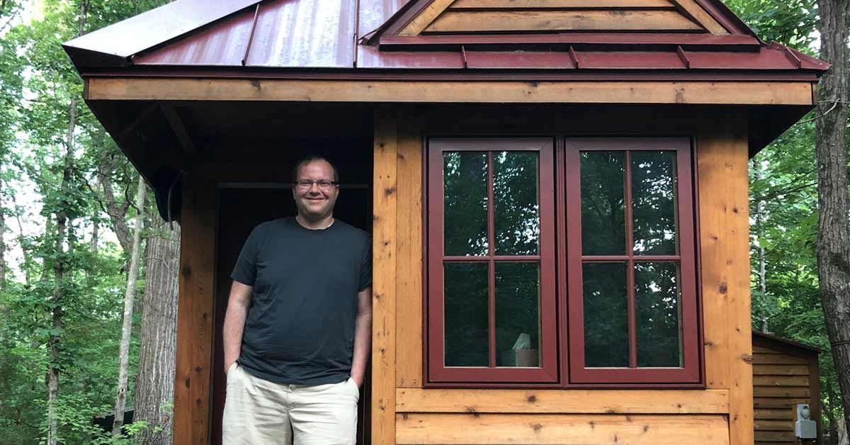 Man Saves $100,000 in 7 Years Living in a Tiny House, Plans to Retire at 40