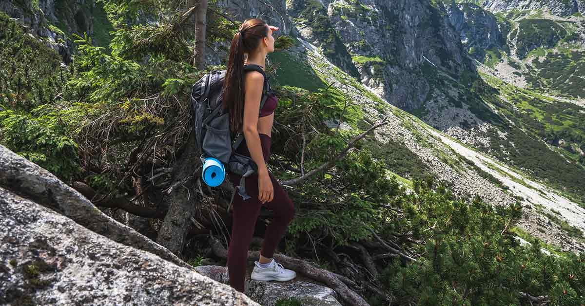 Never Hike in Fitness Leggings – It is Actually More Disgusting Than You May Think