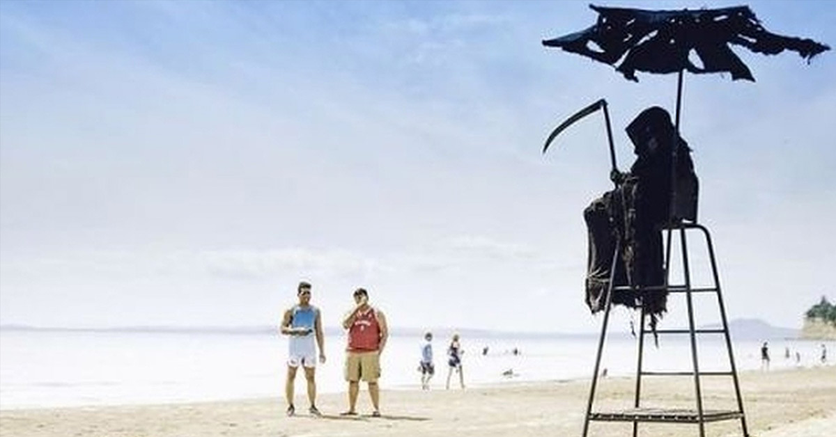 Man Vows He Will Dress as the Grim Reaper to Visit Florida's Beaches That Reopen Too Early