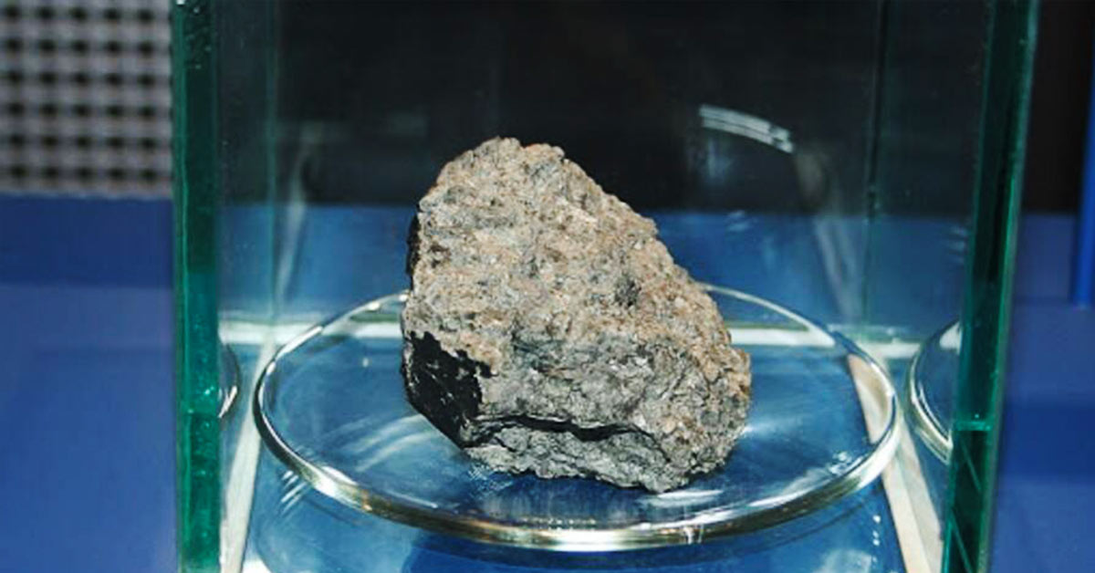 Scientists Discover Earthly Nitrogen in Ancient Martian Meteorite