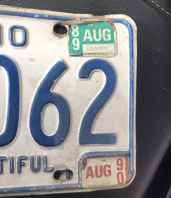 One photo of expired license plate from 1989